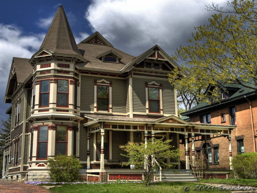 Victorian style home craftsman style homes classic for Craftsman classic