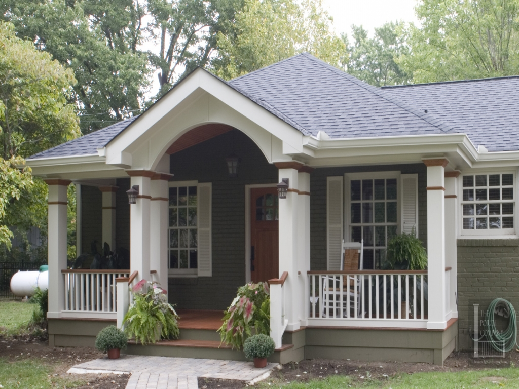 No hip roof front porch home style 1920 front porch with for House plans with hip roof styles