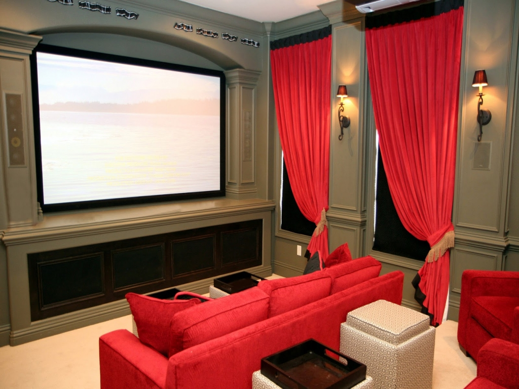 Home theater room design luxury home theater design small for Luxury home theater rooms