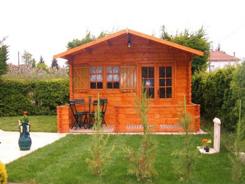 Small cabin interiors small cabins tiny houses kits small for Small cottages to build
