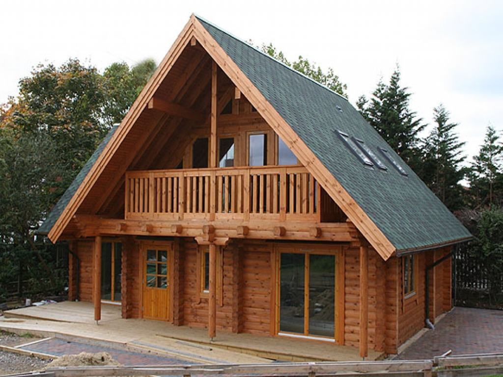 New forest log cabins big new forest log cabins 3 bedroom for Large log cabin homes