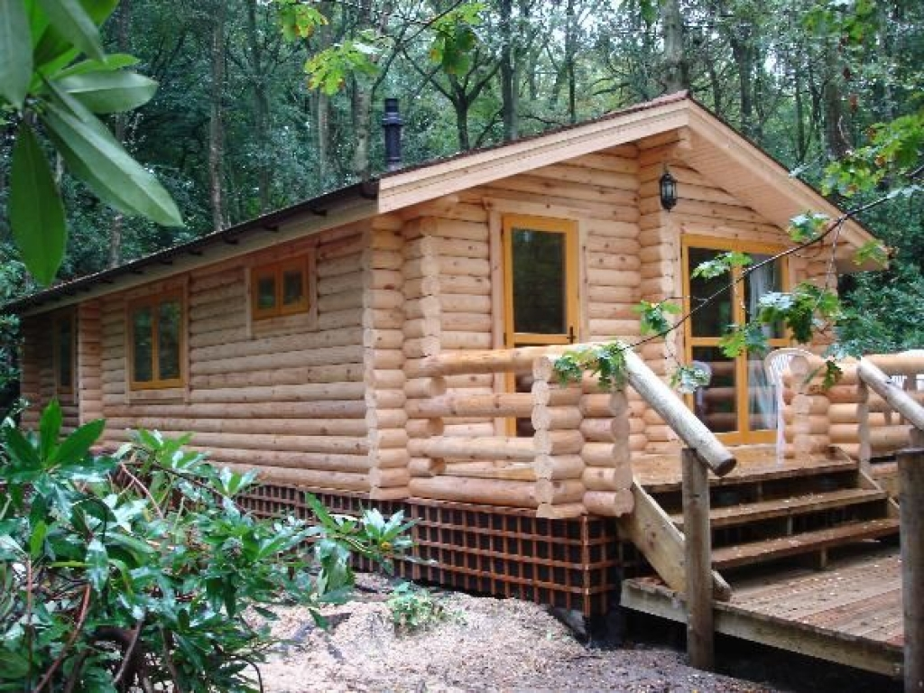 Luxery log cabins small luxury log cabins small cabins to for Luxury log cabin kits