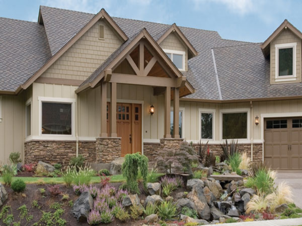 Craftsman style homes with stone craftsman style homes for Craftsman style log homes