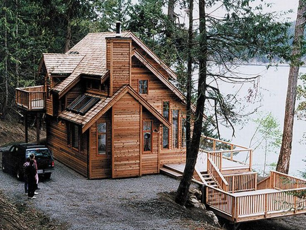 House plans waterfront cabin waterfront homes house plans for Vacation cabin plans