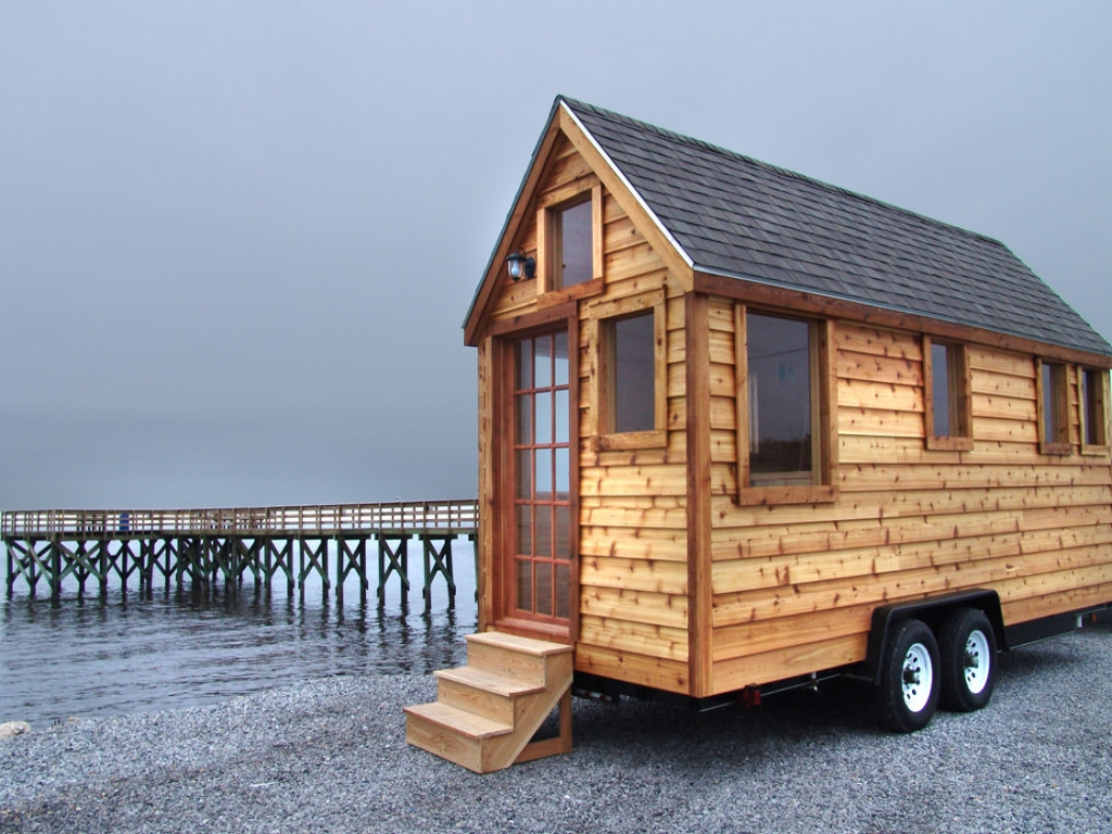 Inside small house on wheels small houses on wheels build for Companies who build houses