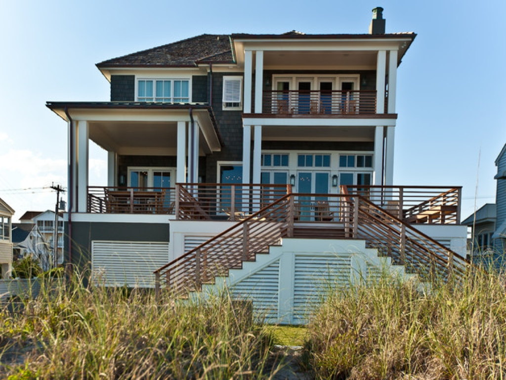Beach house exterior color schemes beach house exterior for New construction craftsman style homes