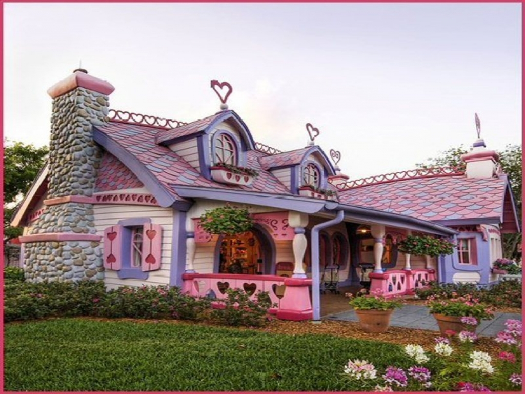 Minnie mouse 39 s house florida cottage plans for Florida cottage house plans