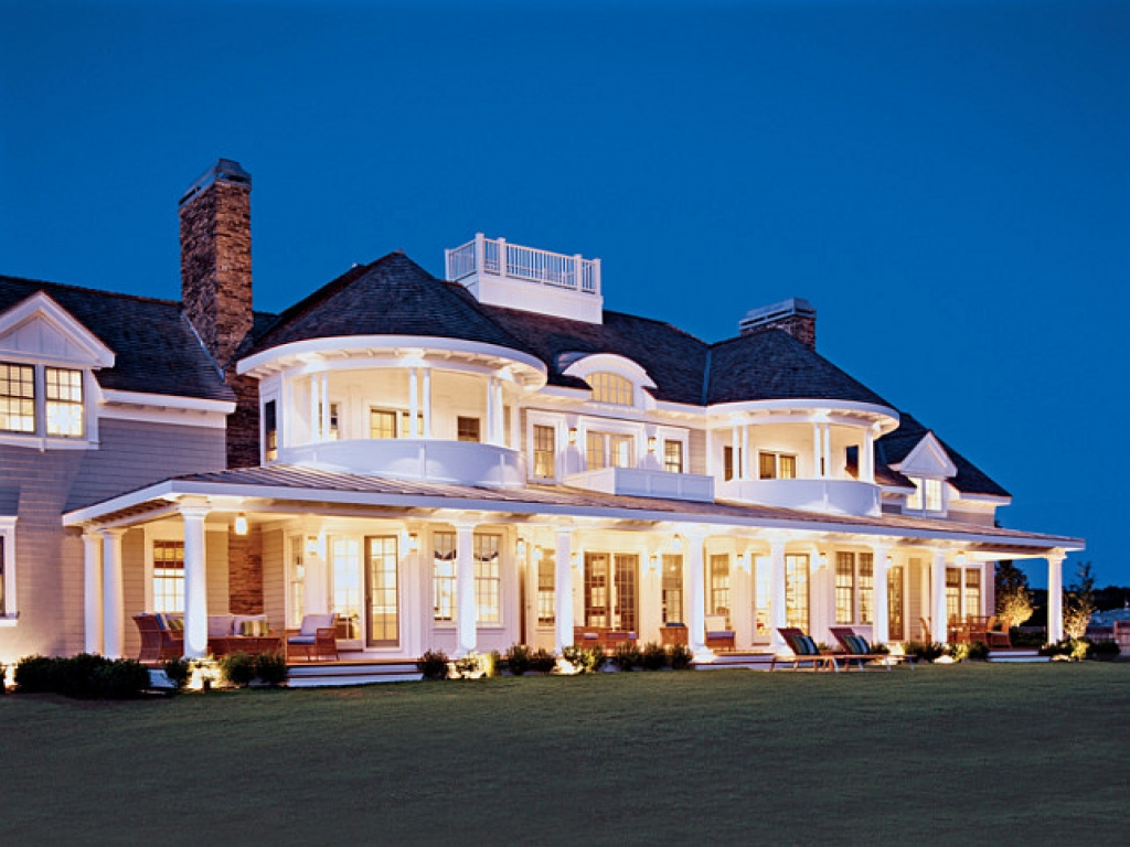 Cape cod style house with porch cape cod porch design for for Cape cod style architecture