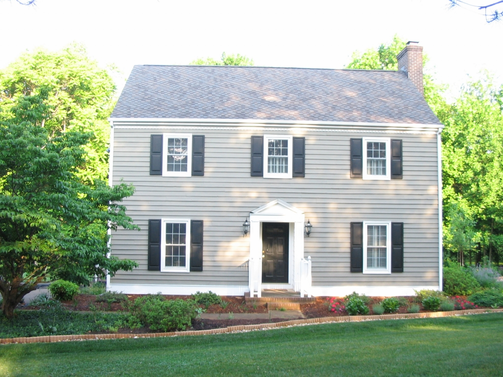 New england saltbox style house antique new england for New home plans that look old