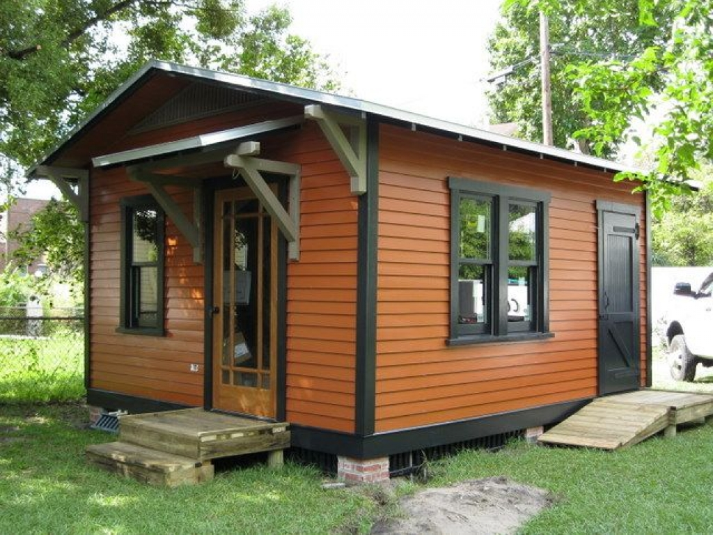 Tiny guest cottage house tiny house on wheels house plans for Guest cabin plans