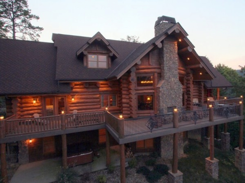 Inside luxury log homes custom log home log home for Custom luxury log homes