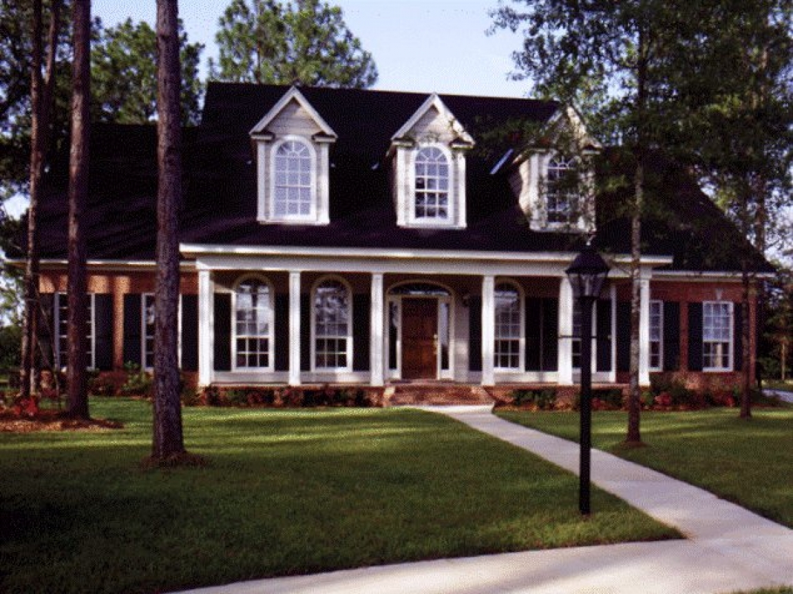 Southern style house floor plans southern brick home plans for Southern style house