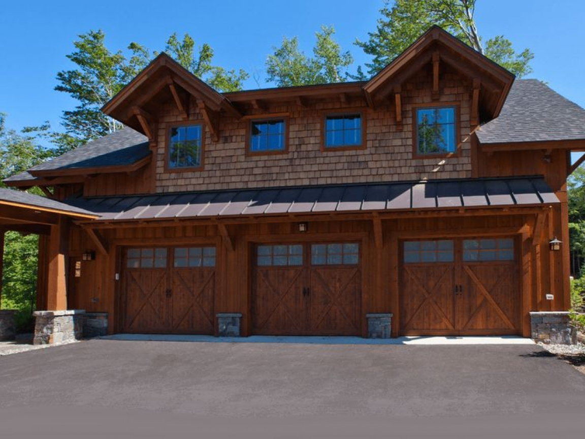 Log home plans with garages log cabin garage with living for Log home plans with garage