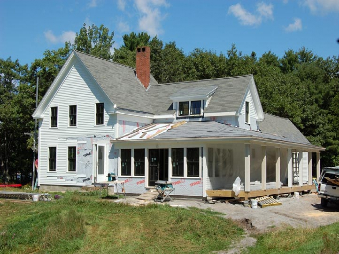 Old farmhouse style house plans new england farmhouse for Old style house plans
