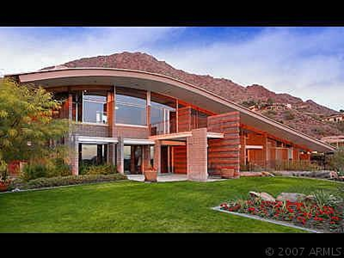 Modern real estate phoenix modern contemporary homes for Award winning contemporary homes