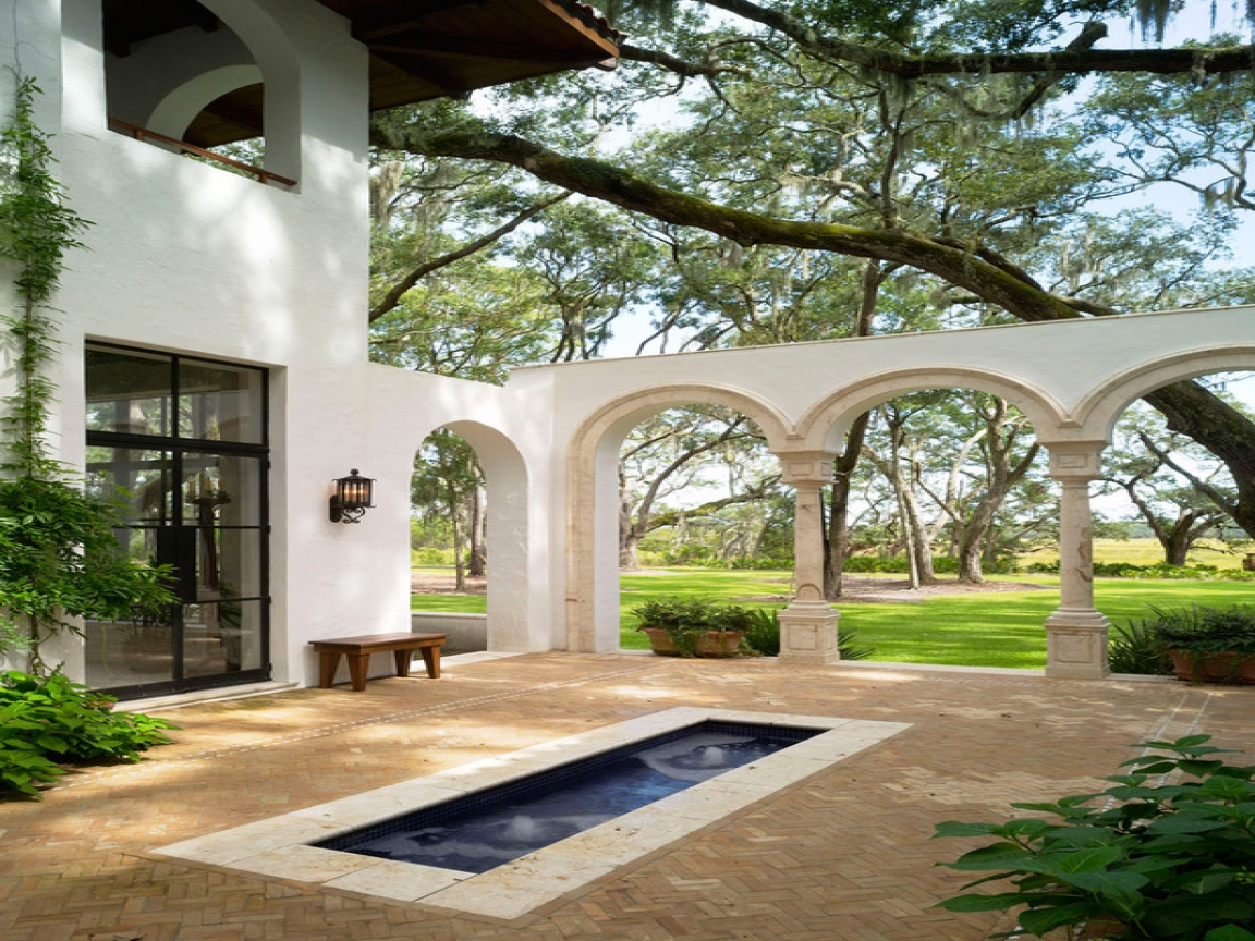 Spanish style homes with courtyards spanish style homes for Spanish style home plans with courtyard