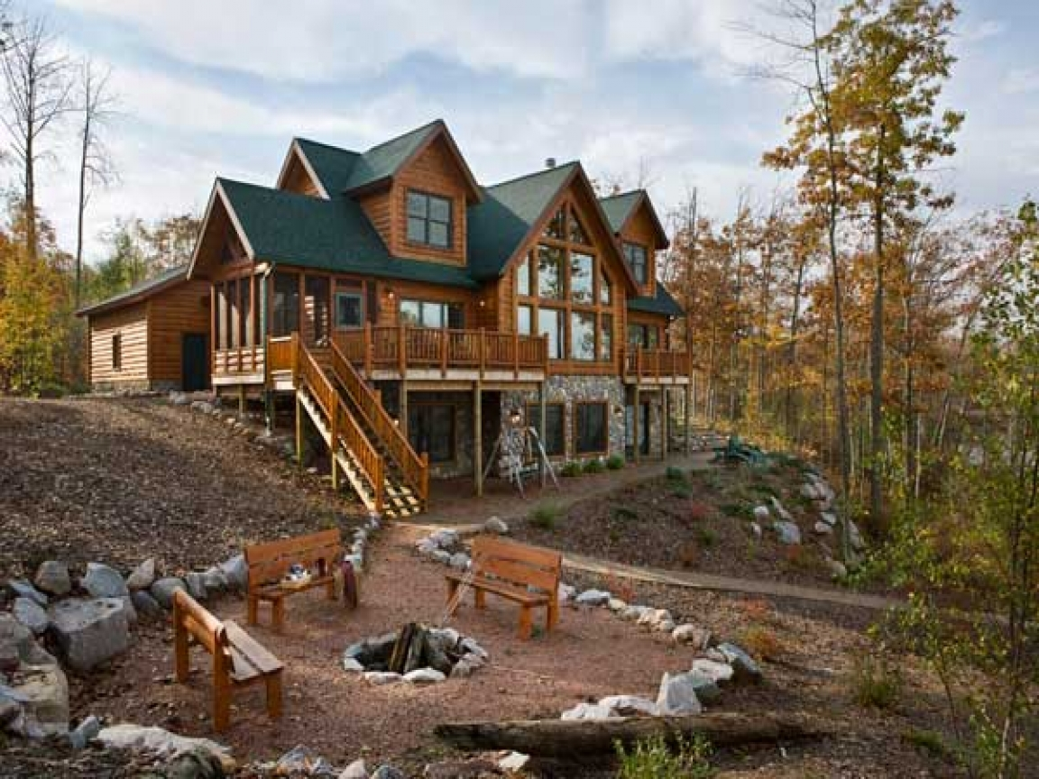 Log cabin home exterior log cabin exterior paint colors for Luxury cabin designs