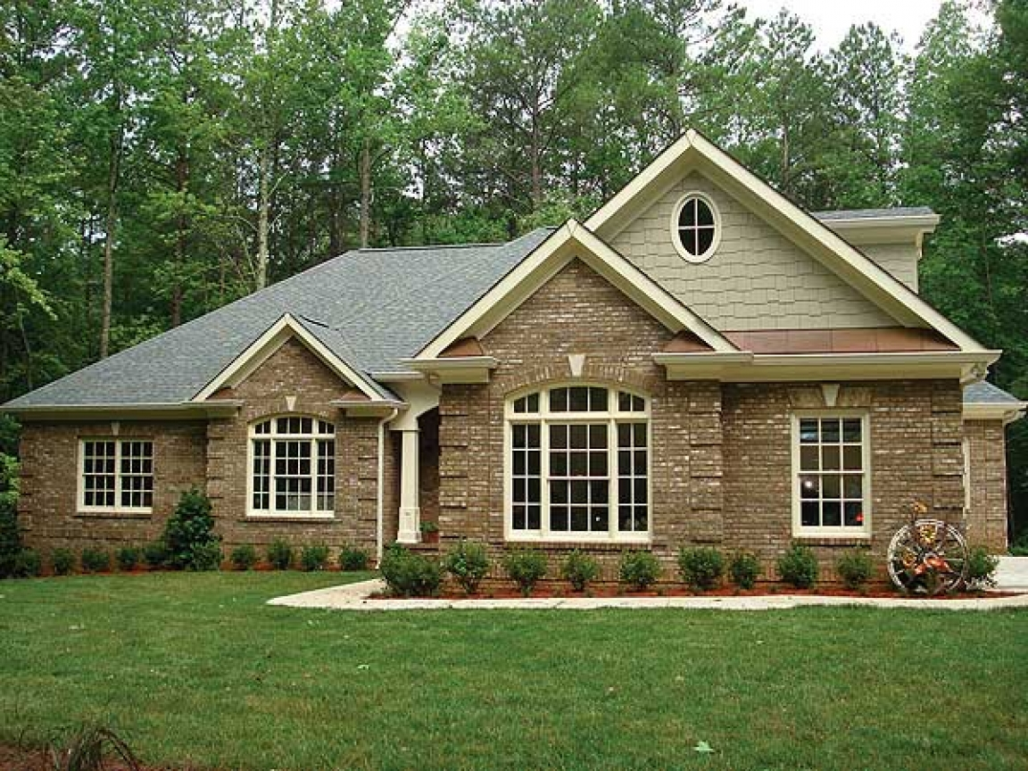 Brick ranch house plans small ranch house plans brick for Brick country house plans