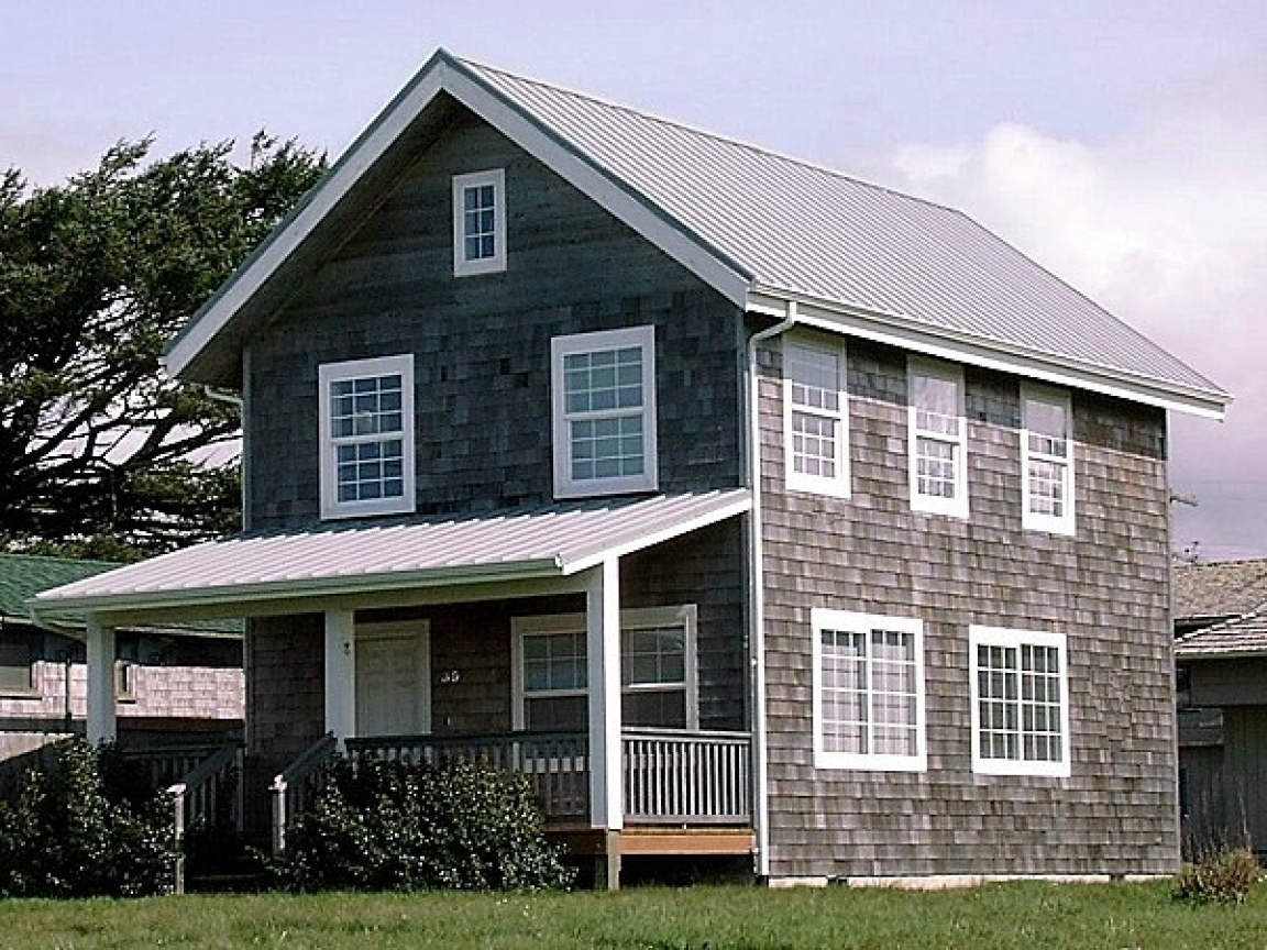 2 story farmhouse house plan 2 story country farmhouse for Two story country house plans