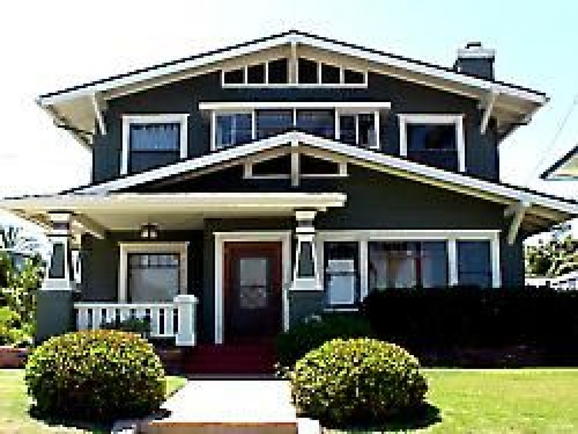 Old 2 story craftsman homes 2 story craftsman bungalows for Two story craftsman
