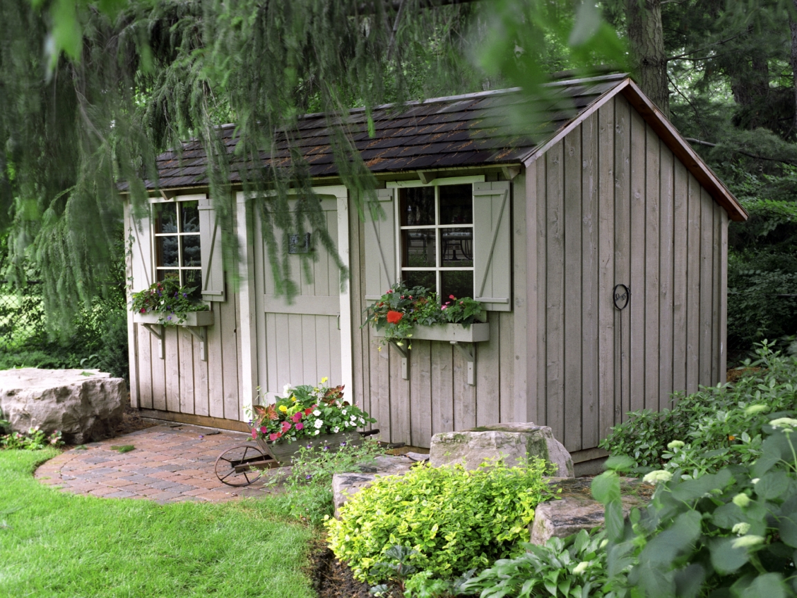 Garden shed interior decorating living garden shed design for Garden building design ideas
