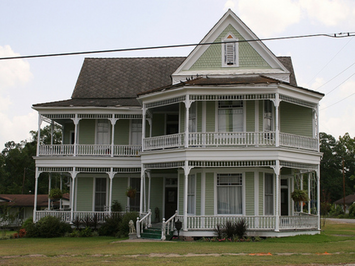 American Colonial House Styles Colonial Garrison Style ...