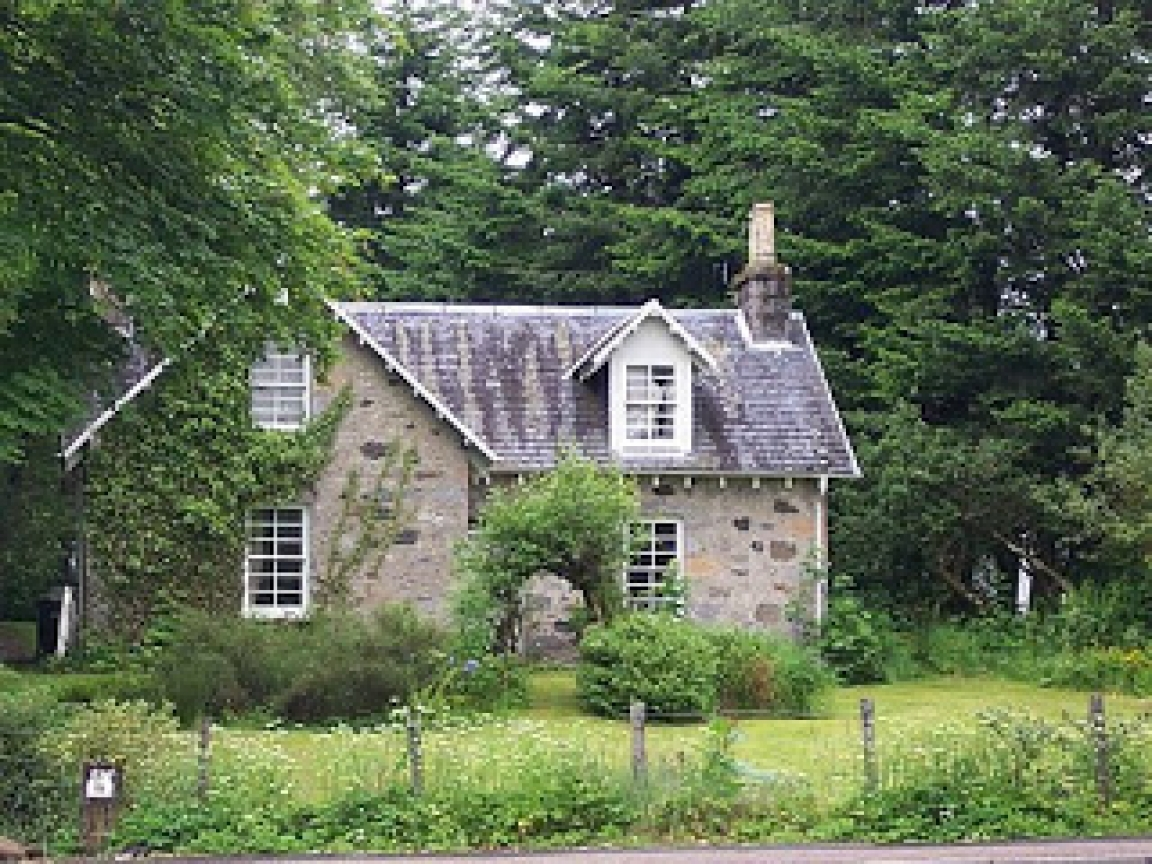 Small country cottage home shabby chic country cottage for French country cottages for sale