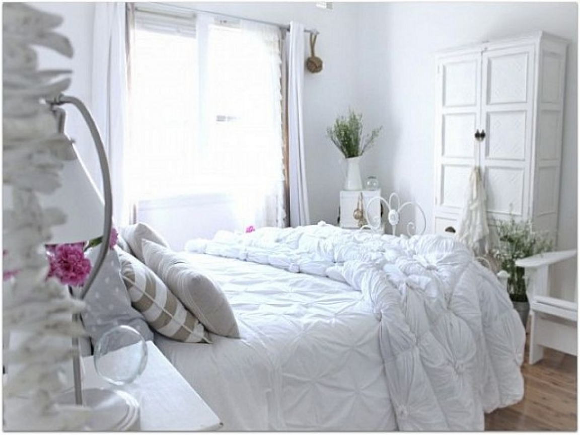 Beach cottage bedroom decorating ideas small beach cottage for Small beach house decor