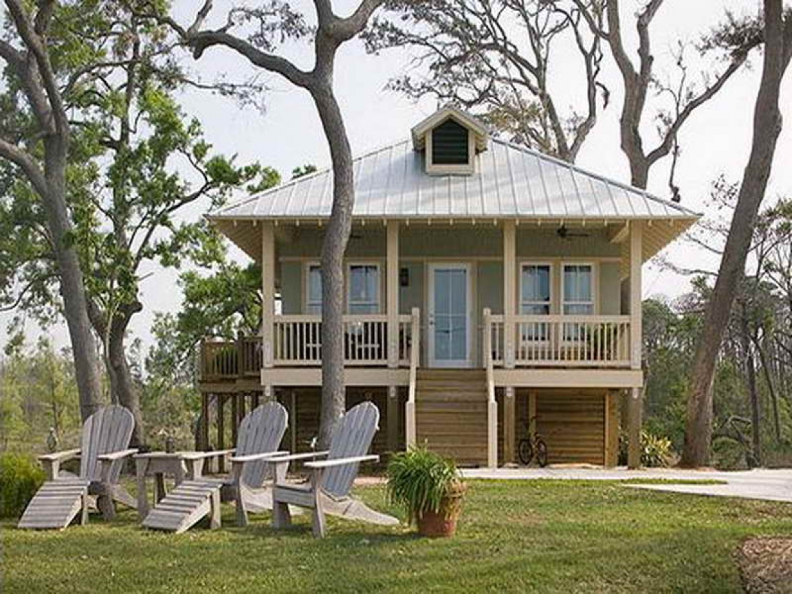 Small beach cottage house plans small florida gulf coast for Gulf coast cottage plans