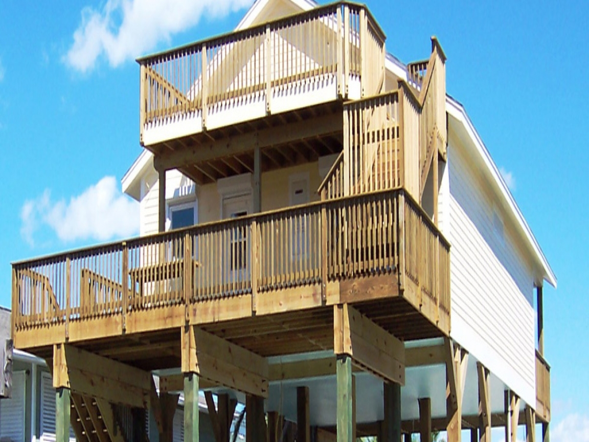Stilt house plans waterfront homes sandcastle coastal for Stilt home builders