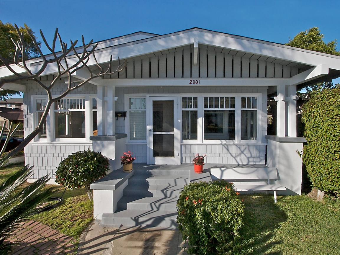 California bungalow style entry california bungalow style for Craftsman homes for sale in california