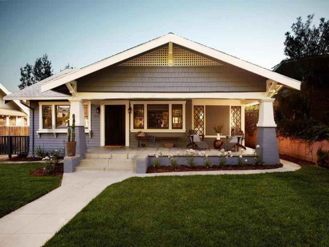 Historic craftsman bungalow houses 1920s bungalow style - What is a bungalow house ...