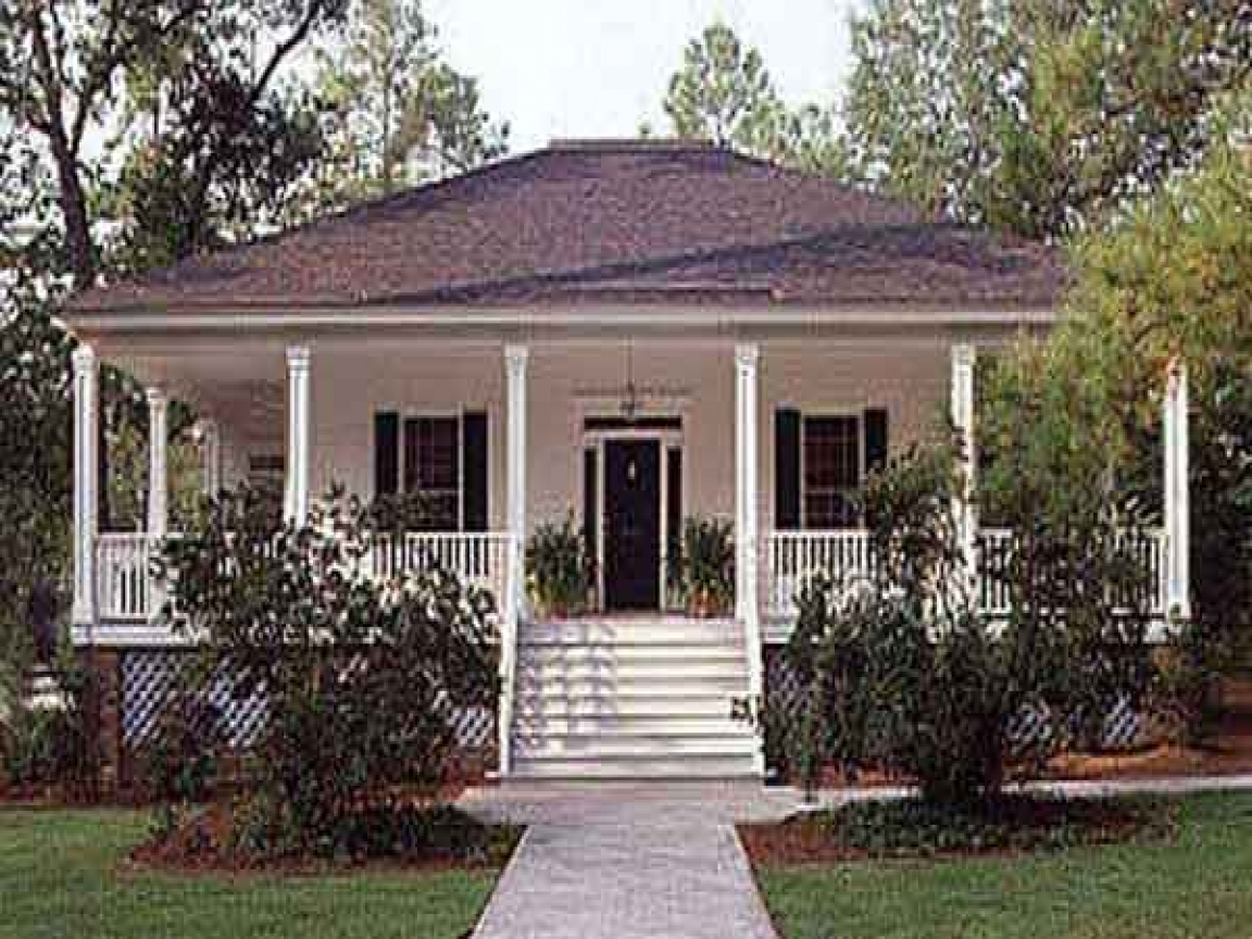 Small house plans southern living southern living cottage for Home living magazines