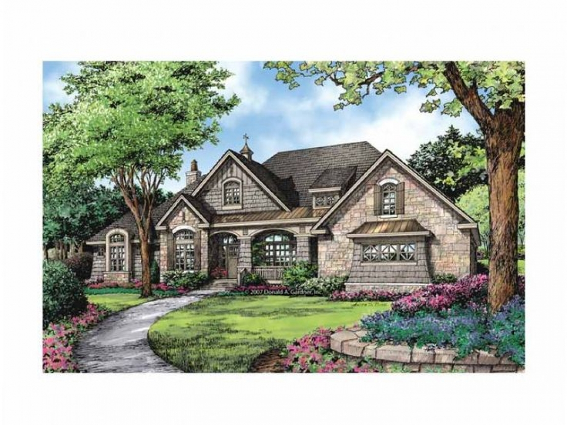 French country style homes french country ranch house for Country style homes floor plans