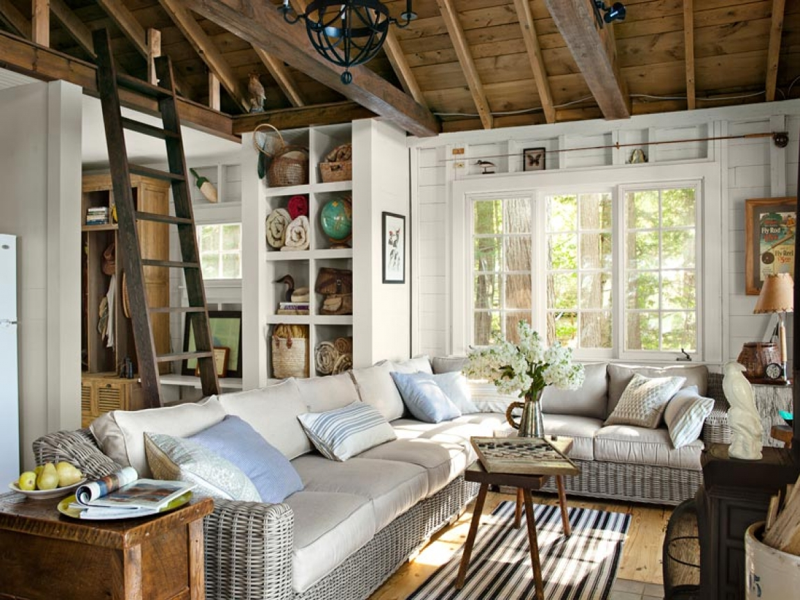 12 Picturesque Small Living Room Design: Small Living Room Lake House Lake House Living Room