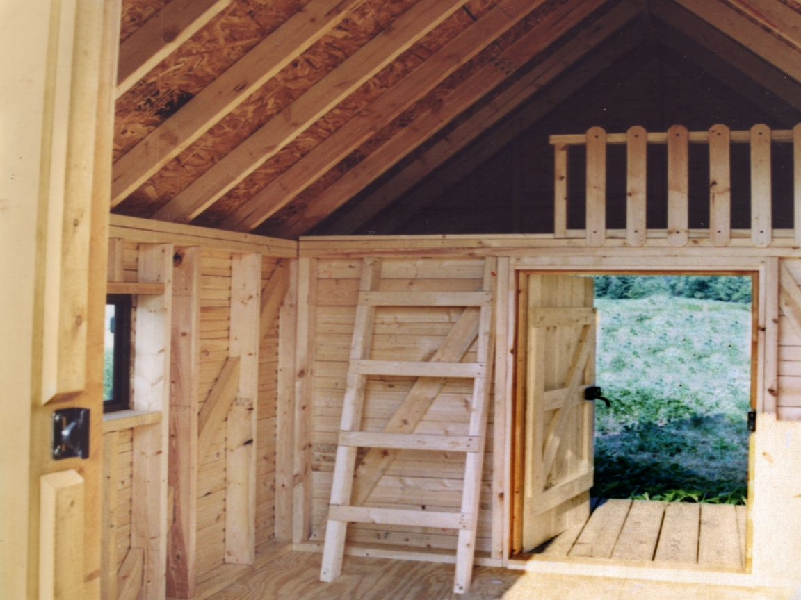Small Log Cabin with Loft Interior Small Log Cabins 800 Sq