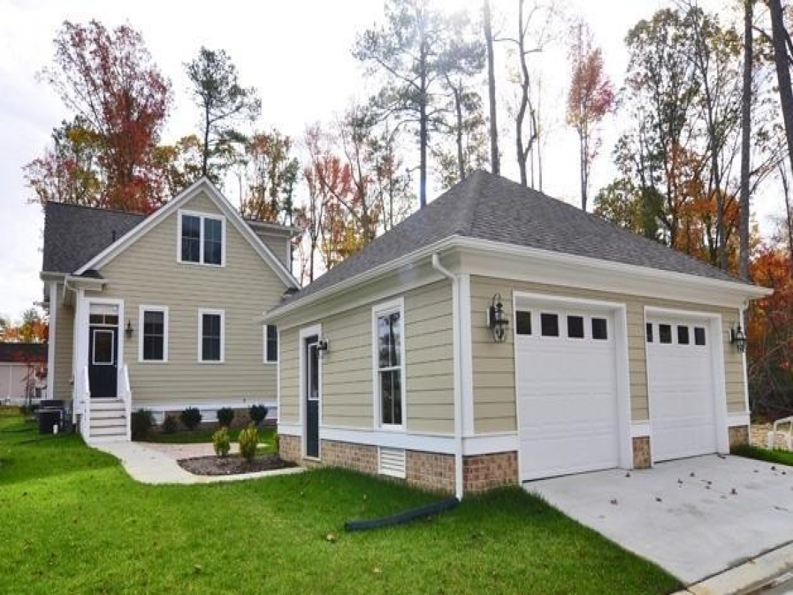 Cottage Style Detached Garage Carriage Style Garage Lrg D E Ad