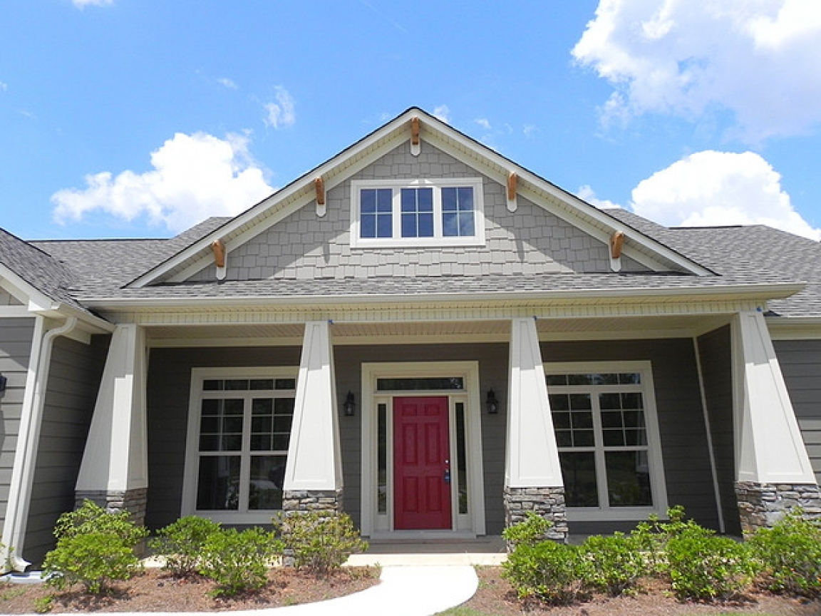 Craftsman style front porch stairs craftsman style front for Craftsman home builders atlanta