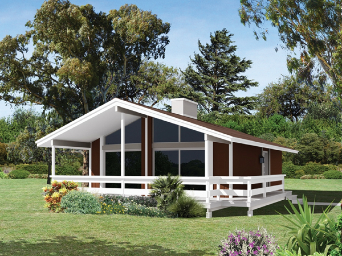 Lake view house plans with covered deck lakefront house for Lakefront house designs