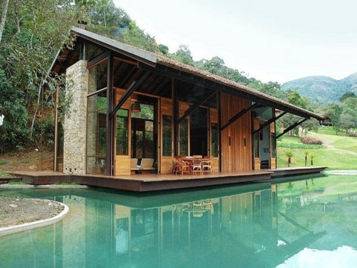 Small Modern Mountain House Luxury Waterfront Small House ...