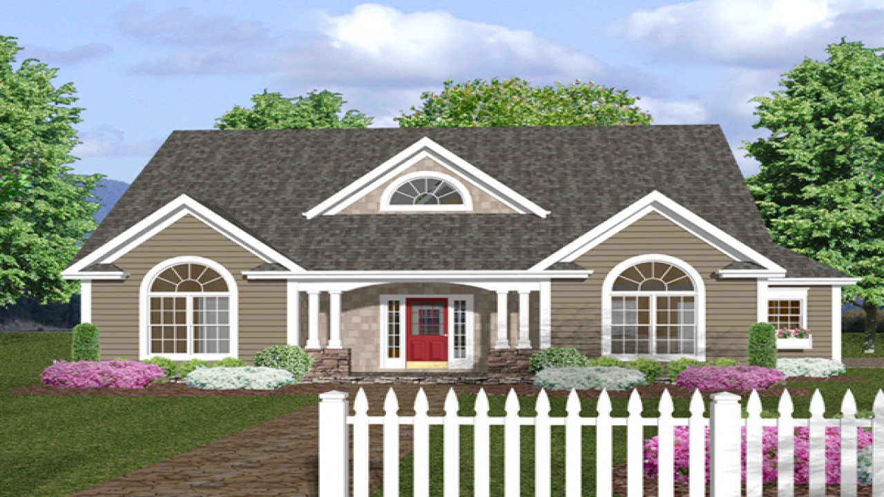 One story house plans with front porches one story house for Single level home with wrap around porch