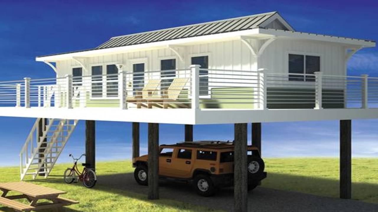 Tiny Beach Home Designs: Tiny Beach Cottage In Water Tiny Beach House On Stilts