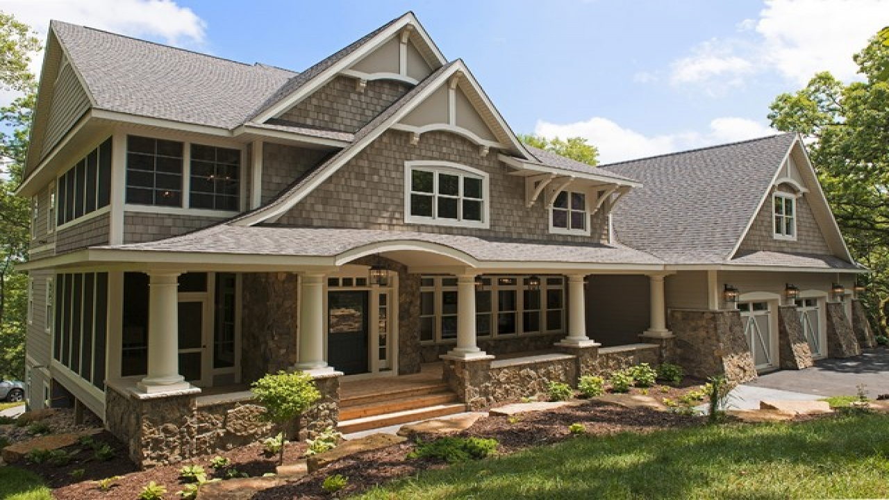 Traditional cottage style homes cotswold cottage style for Cotswold cottage house plans