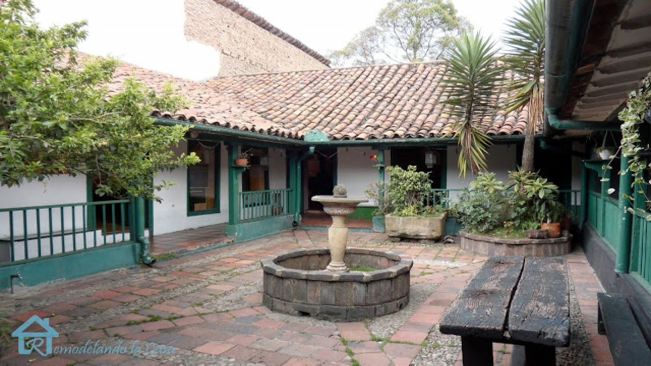 Old spanish colonial houses spanish colonial style homes for Spanish colonial home plans