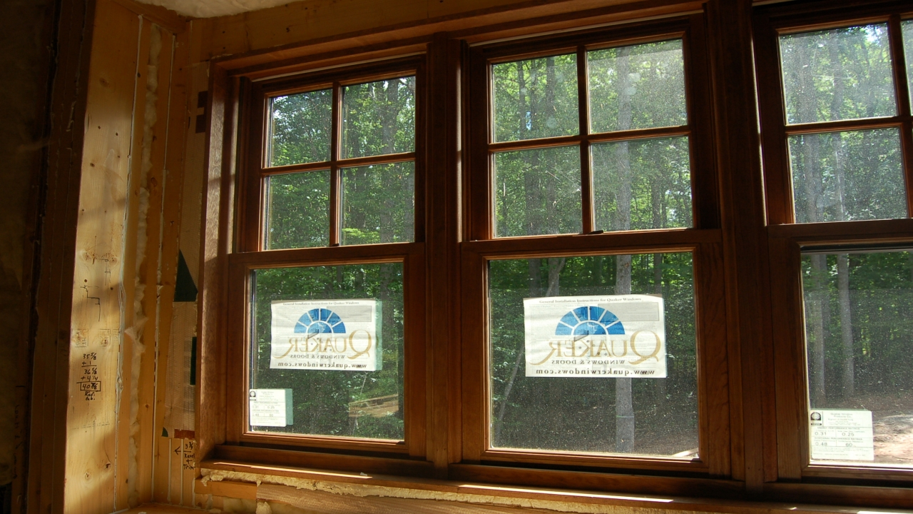 Craftsman style window trim exterior craftsman style for Contemporary exterior window trim