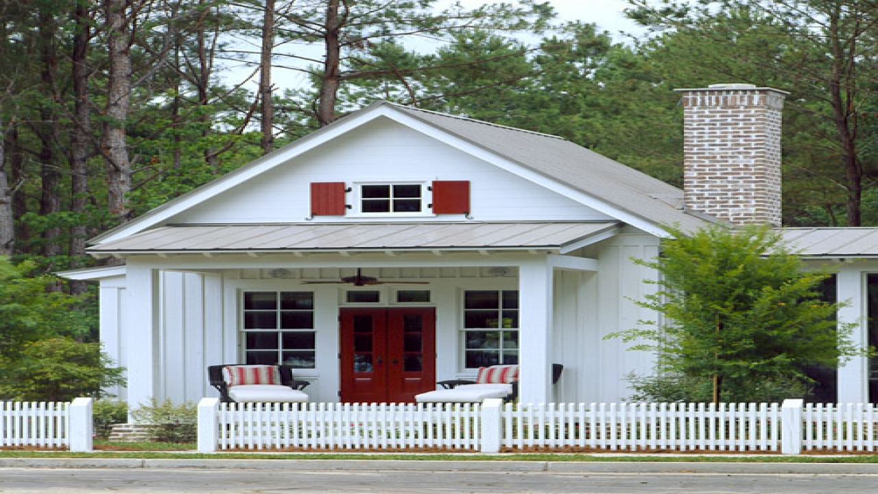 Economical small cottage house plans small coastal cottage for Coastal cottages plans