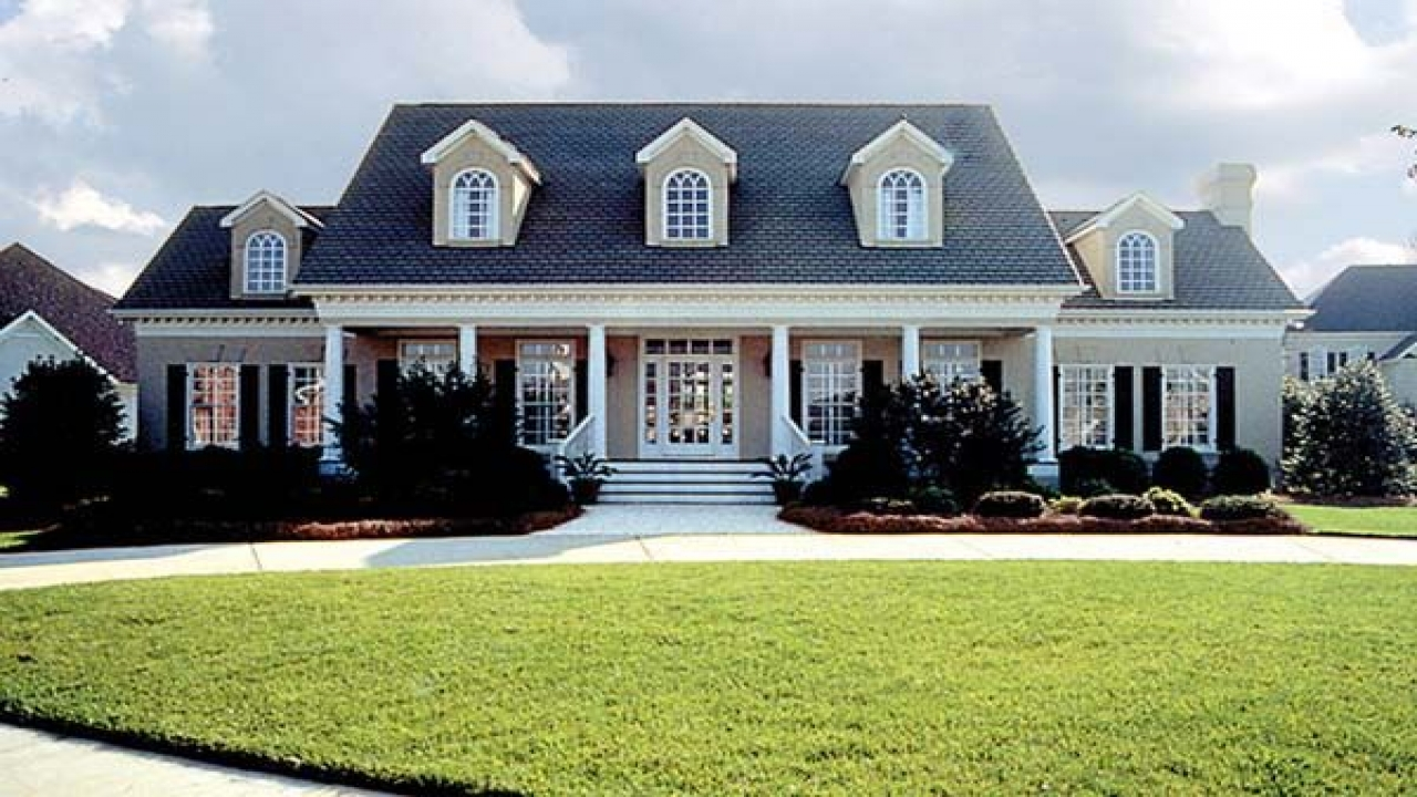 Colonial Farmhouse House Plans Center Hall Colonial Home
