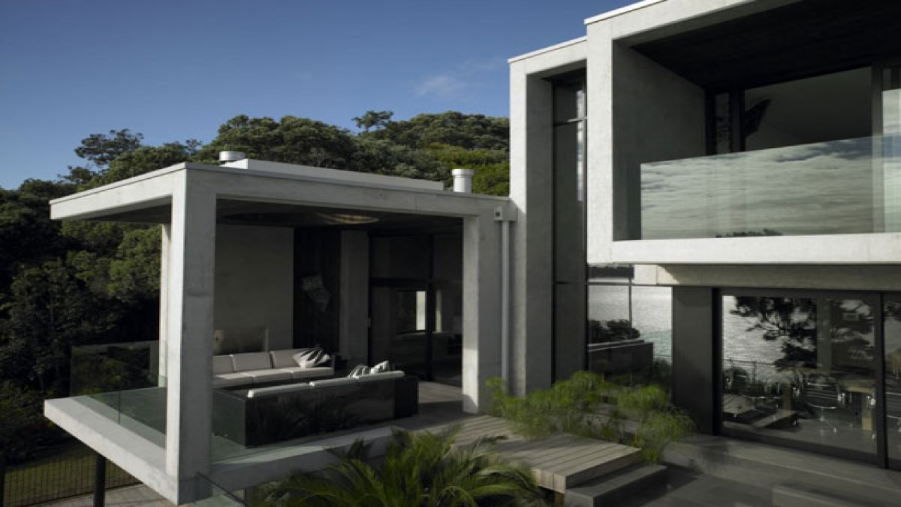Concrete homes contemporary concrete house design for Concrete pilings for house