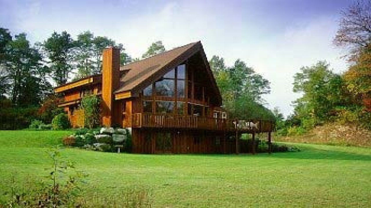 Unique small house plans small vacation home plans for Vacation cabin floor plans