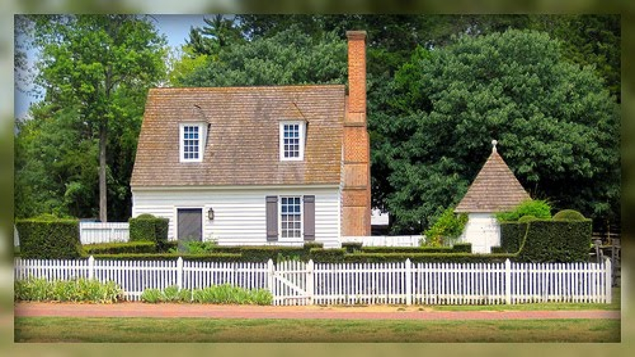 Small colonial house williamsburg small rustic house plans for Small colonial house plans